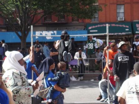 20070916-african-american-parade-12-pullups.jpg