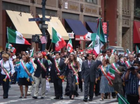 20070916-mexican-day-parade-03-dignitaries.jpg