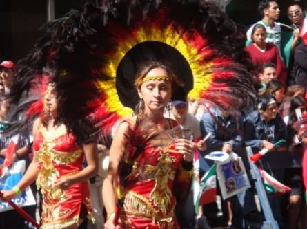 20070916-mexican-day-parade-25-aztec-woman.jpg