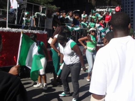 20070929-nigerian-parade-27-dancing.jpg
