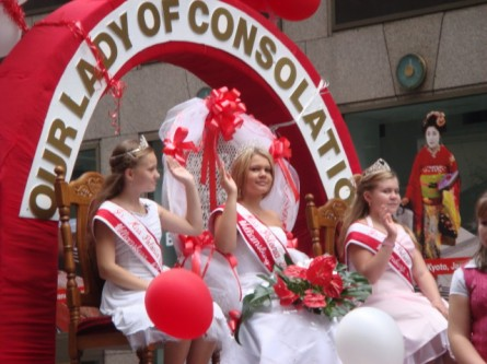 20071007-pulaski-parade-23-miss-polonia-from-our-lady-of-consolation.jpg