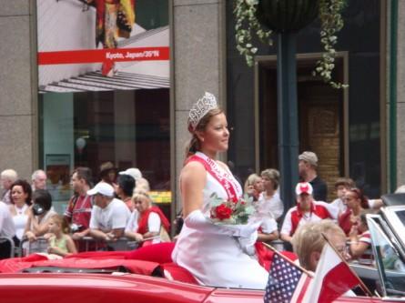 20071007-pulaski-parade-33-miss-polonia.jpg
