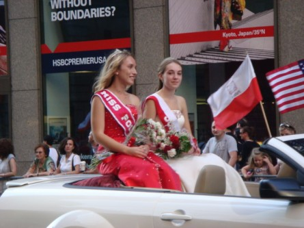 20071007-pulaski-parade-64-miss-polonia.jpg