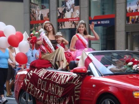 20071007-pulaski-parade-69-miss-polonia-perth-amboy-krolawa-zjednoclenia.jpg