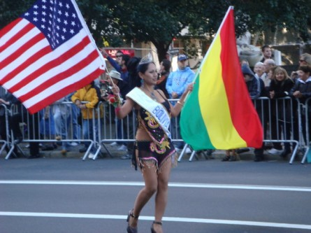 20071014-hispanic-columbus-day-03-bolivian-flag-bearer.jpg