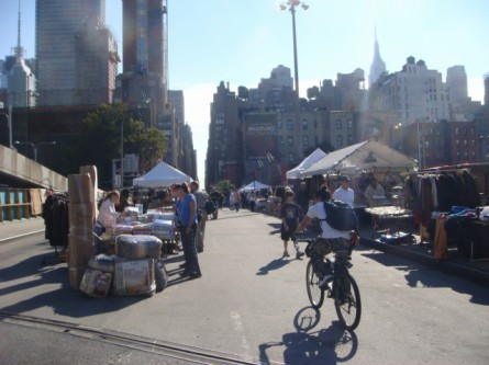 20071020-hells-kitchen-07-flea-market.jpg