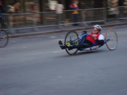 20071104-ny-marathon-08-wheelchair-racer.jpg