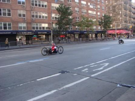 20071104-ny-marathon-09-wheelchair-racer.jpg