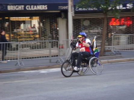 20071104-ny-marathon-11-wheelchair-racer.jpg