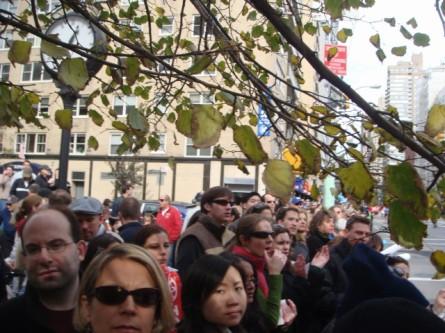 20071104-ny-marathon-60-crowd.jpg