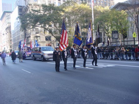 20071111-veterans-day-parade-19-honor-guard-with-veterans-post-news.jpg