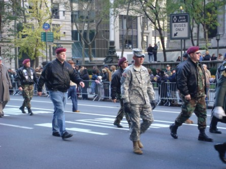 20071111-veterans-day-parade-38-rakkasans-paratroopers.jpg