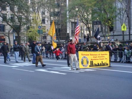 20071111-veterans-day-parade-42-vietnam-veterans-of-america.jpg