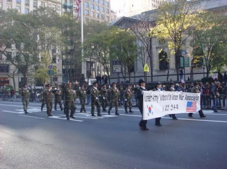 20071111-veterans-day-parade-48-korean-vets-of-the-vietnam-war.jpg
