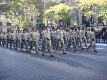 20071111-veterans-day-parade-53-rrc.jpg