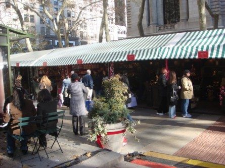 20071128-bryant-park-christmas-shops-02.jpg