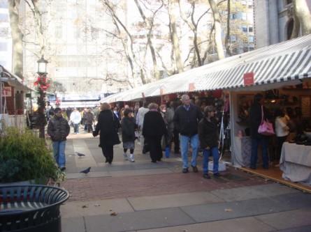 20071128-bryant-park-christmas-shops-04.jpg