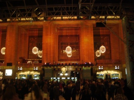 071209-grand-central-kaleidoscope-03.jpg