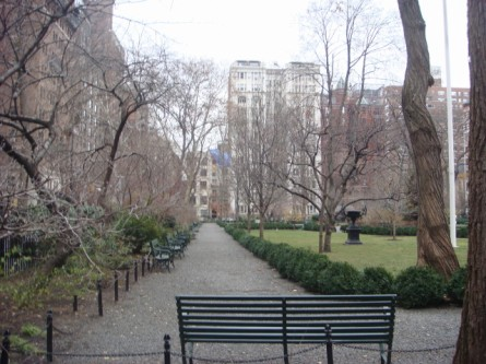 200712122-gramercy-park-05-looking-eastward.jpg