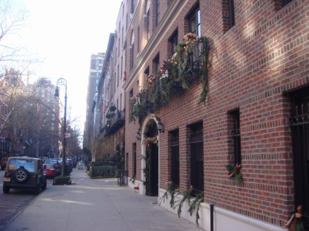 20071224-greenwich-village-07-10th-street.jpg