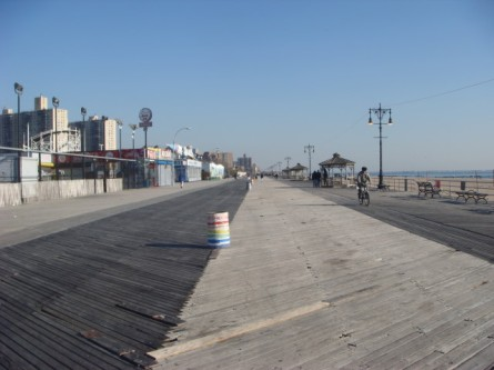 20071228-coney-island-09-boardwalk.jpg