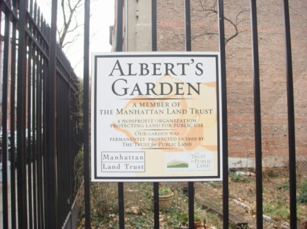 20080106-alberts-garden-01-on-2nd-street.jpg