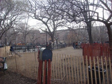 20080113-tompkins-square-park-06-dog-run.jpg