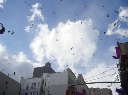 20080210-chinatown-parade-06-confetti.jpg