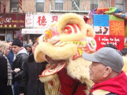 20080210-chinatown-parade-42-posing.jpg